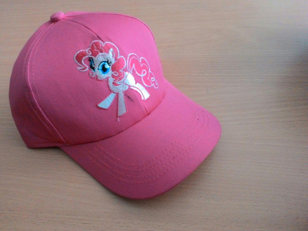 Topi Kuda pink